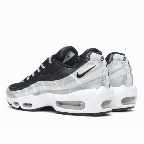 https://airmax.in.ua/image/cache/catalog/airmax95/qs_platinum_black_grey/krossovki_nike_air_max_95_qs_platinum_black_grey_814914_001_4-500x500.jpg