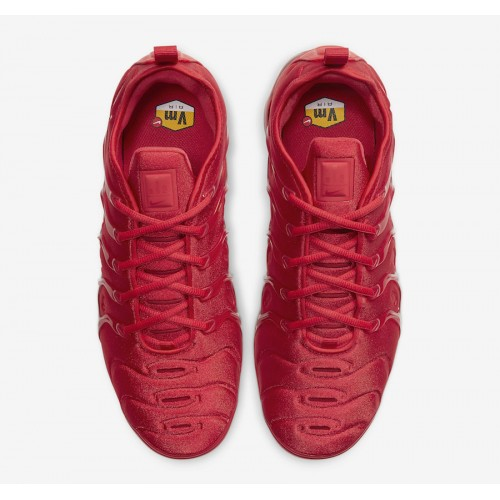 https://airmax.in.ua/image/cache/catalog/vapormax/triplered/nike-air-vapormax-plus-red-cw6973-600-release-date-3-500x500.jpg