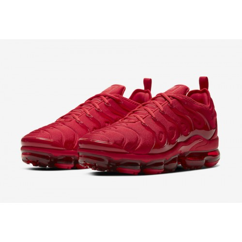 https://airmax.in.ua/image/cache/catalog/vapormax/triplered/nike-air-vapormax-plus-red-cw6973-600-release-date-4-500x500.jpg