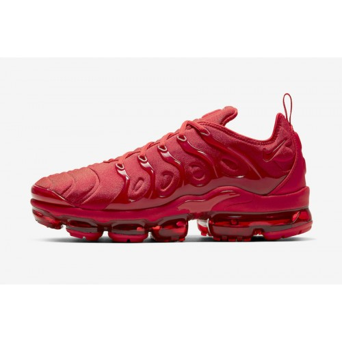 https://airmax.in.ua/image/cache/catalog/vapormax/triplered/nike-air-vapormax-plus-red-cw6973-600-release-date-500x500.jpg