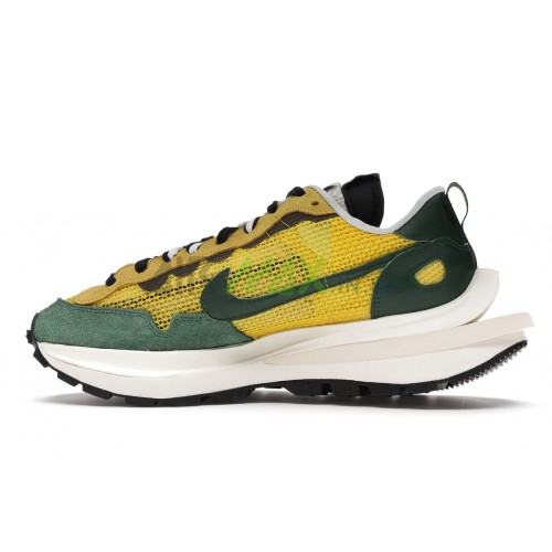 Vaporwaffle sacai Tour Yellow Stadium Green CV1363-700