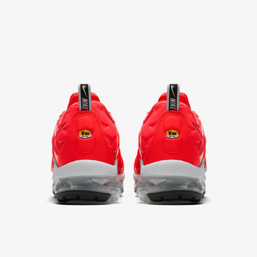 https://airmax.in.ua/image/cache/catalog/vapxormaxplus/bright_crimson/krossovki_nike_air_vapormax_plus_bright_crimson_924453_602_3-500x500.jpg