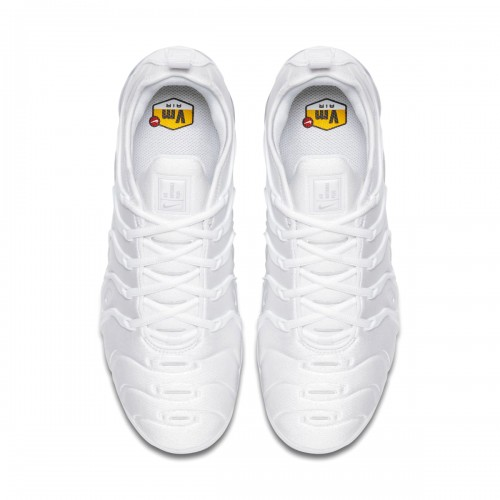 https://airmax.in.ua/image/cache/catalog/vapxormaxplus/white/krossovki_nike_air_vapormax_plus_white_924453_100_5-500x500.jpg