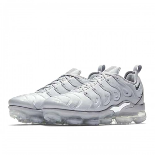 https://airmax.in.ua/image/cache/catalog/vapxormaxplus/wolf_grey/krossovki_nike_air_vapormax_plus_wolf_grey_924453_005_6-500x500.jpg