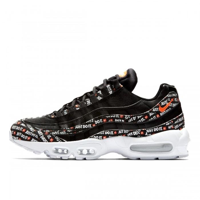Nike Air Max 95 черные